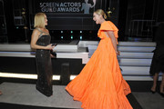 Reese Witherspoon and Kathryn Newton attend the 26th Annual Screen Actors Guild Awards at The Shrine Auditorium on January 19, 2020 in Los Angeles, California. 721453