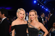 (L-R) Michelle Williams and Reese Witherspoon attend the 26th Annual Screen Actors Guild Awards at The Shrine Auditorium on January 19, 2020 in Los Angeles, California. 721407