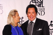 Kathleen McCrone and Singer Wayne Newton attends the 26th Annual Great Sports Legends Dinner to benefit the Buoniconti Fund To Cure Paralysis at The Waldorf=Astoria on September 26, 2011 in New York City.