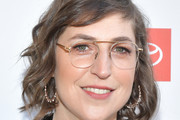 Mayim Bialik Photos Photo