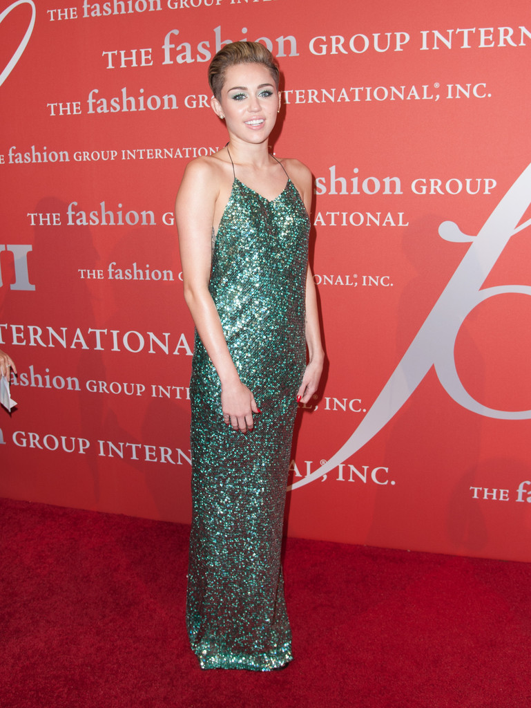 Miley Cyrus Sparkles in a Gorgeous, Glittery Green Gown - Celebrity ...