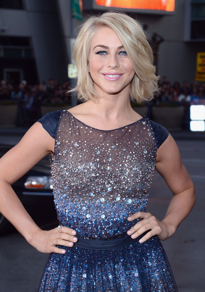 TV personality Julianne Hough attends the 34th Annual People's Choice Awards at Nokia Theatre L.A. Live on January 9, 2013 in Los Angeles, California.