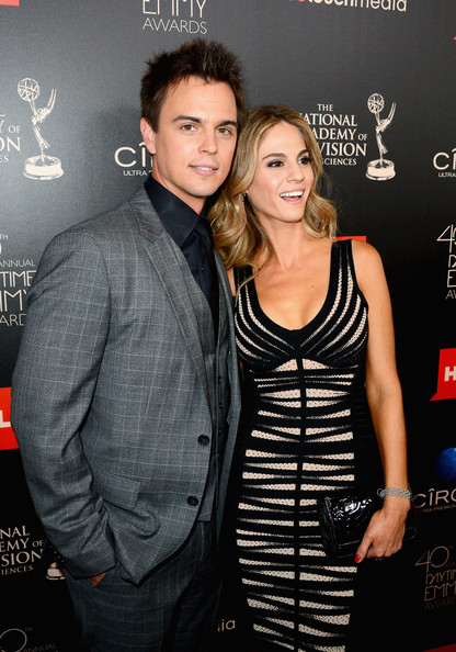 kelly kruger and darin brooks dating cocktail