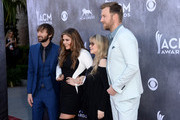 Singer Stevie Nicks (2nd R) poses with musicians (L-R) Dave Haywood, Hillary Scott and Charles Kelley of Lady Antebellum at the 49th Annual Academy Of Country Music Awards at the MGM Grand Garden Arena on April 6, 2014 in Las Vegas, Nevada.