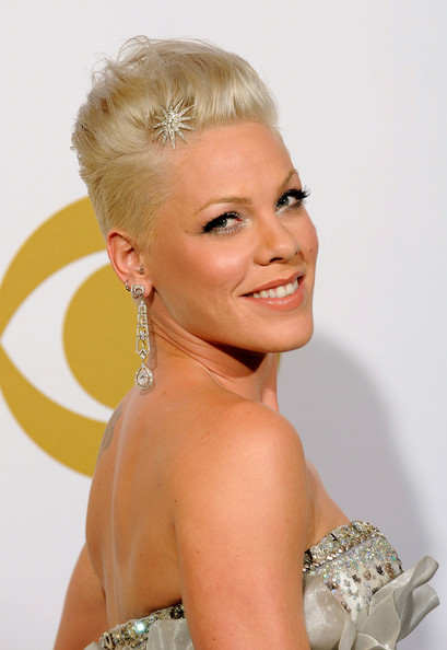 pink hairstyles 2010. 2010 Pink Fauxhawk hairstyle