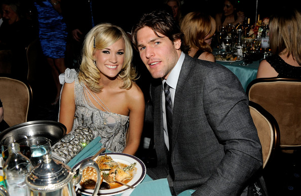 carrie underwood husband. Singer Carrie Underwood and