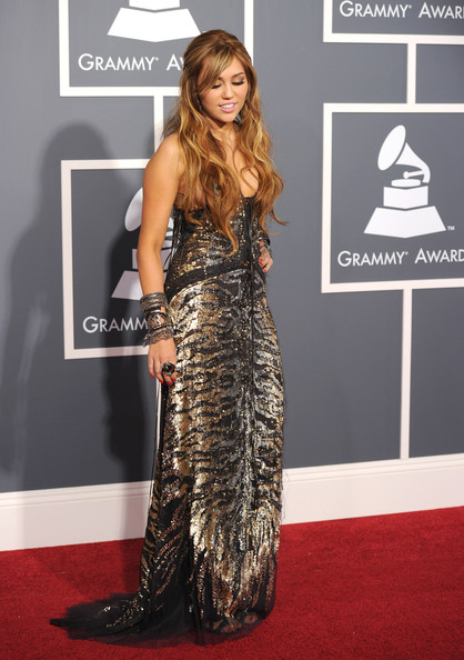 Singer Miley Cyrus arrives at The 53rd Annual GRAMMY Awards held at Staples Center on February 13, 2011 in Los Angeles, California.