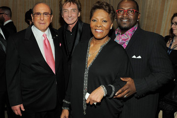 Barry Manilow Clive Davis The 53rd Annual GRAMMY Awards - Salute To Icons Honoring David Geffen - Red Carpet