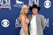 (L-R) Lindsay Ell and Tracy Lawrence attend the 54th Academy Of Country Music Awards at MGM Grand Hotel & Casino on April 07, 2019 in Las Vegas, Nevada.