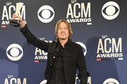 Entertainer of the Year award winner Keith Urban poses in the press room during the 54th Academy Of Country Music Awards at MGM Grand Hotel & Casino on April 07, 2019 in Las Vegas, Nevada.