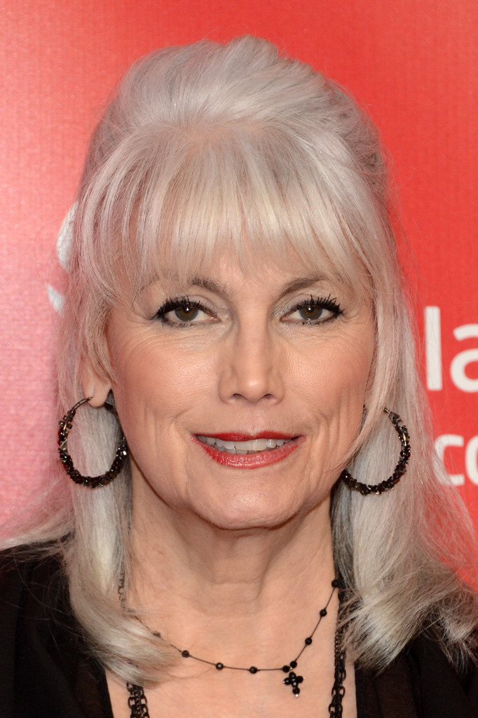 Emmylou Harris In The 55th Annual Grammy Awards