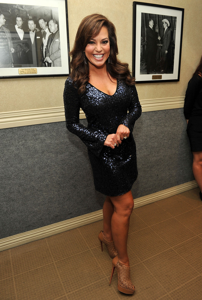 Robin meade photos photos 5th annual acm honors - Robin meade swimsuit ...
