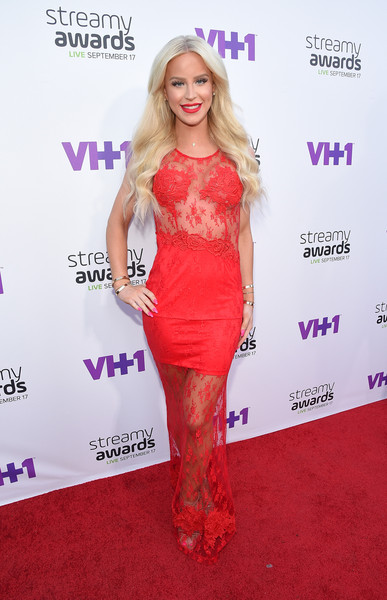 See the Best Looks from the 2015 Streamy Awards