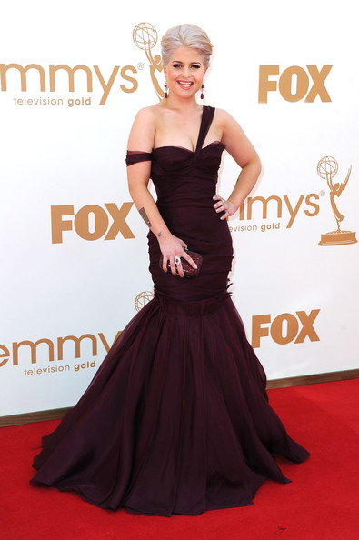 TV Personality Kelly Osbourne arrives at the 63rd Annual Primetime Emmy Awards held at Nokia Theatre L.A. LIVE on September 18, 2011 in Los Angeles, California.