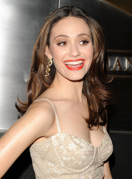 emmy rossum body shape - photo #33
