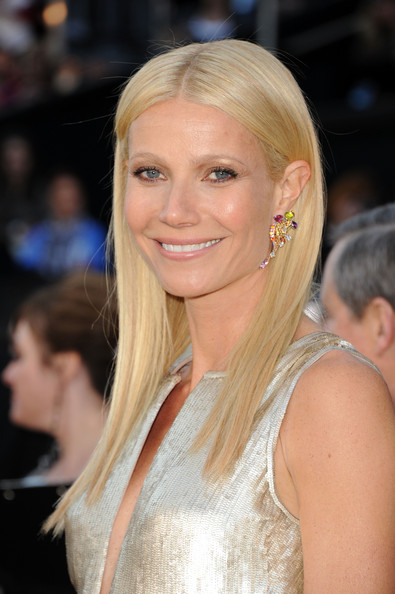 Actress Gwyneth Paltrow arrives at the 83rd Annual Academy Awards held at the Kodak Theatre on February 27, 2011 in Hollywood, California.