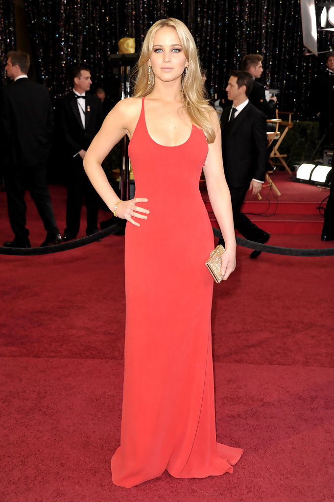 This is What Jennifer Lawrence Wore to Her First Oscars - Celeb Love ...