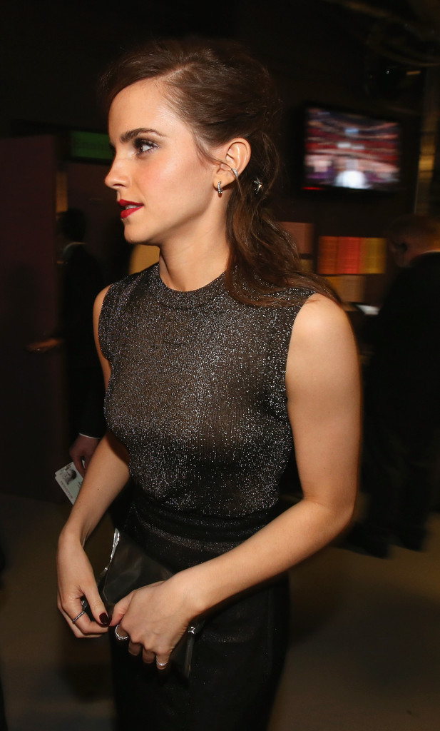 Emma Watson Photos Photos - Backstage at the 86th Annual ... эмма уотсон