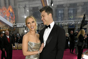 (L-R) Scarlett Johansson and Colin Jost attend the 92nd Annual Academy Awards at Hollywood and Highland on February 09, 2020 in Hollywood, California.