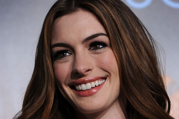 ... Anne Hathaway (Getty Images) Anne Hathaway appears in several sex scenes ...