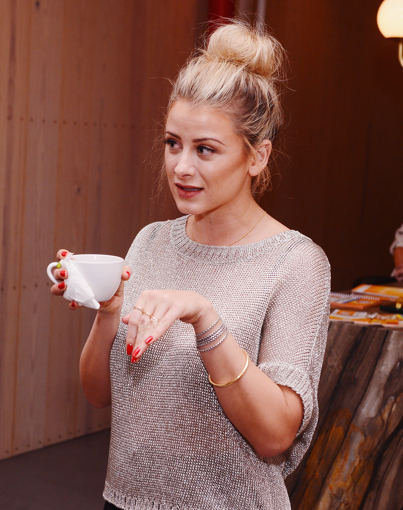 Lo Bosworth on Her New York Style: I Wear Black Every SingleDay' recommendations