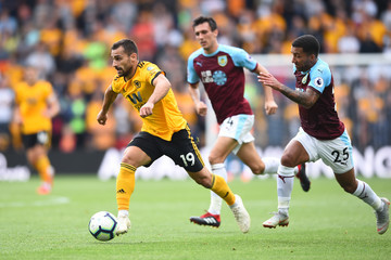 Aaron Lennon Wolverhampton Wanderers vs. Burnley FC - Premier League