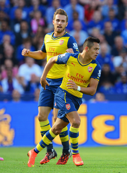 http://www3.pictures.zimbio.com/gi/Aaron+Ramsey+Alexis+Sanchez+Leicester+City+N8Hb6G9P6Rgl.jpg