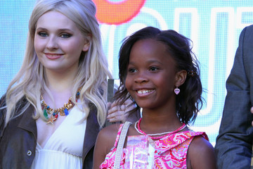 Abigail Breslin Quvenzhane Wallis Variety's Power Of Youth Presented By Hasbro And GenerationOn - Inside