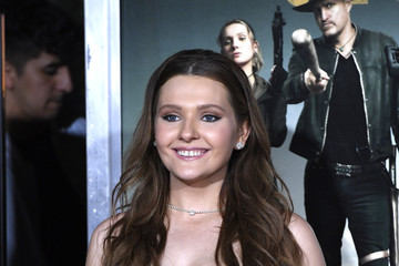 Abigail Breslin Premiere Of Sony Pictures' 'Zombieland Double Tap' - Arrivals