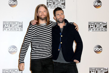 Adam Levine 2016 American Music Awards - Press Room