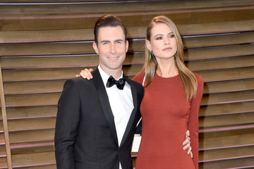 Adam Levine Stars at the Vanity Fair Oscar Party