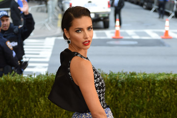Adriana Lima 'Manus x Machina: Fashion in an Age of Technology' Costume Institute Gala
