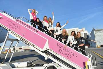 Adriana Lima Karlie Kloss Victoria's Secret Models Leave NYC