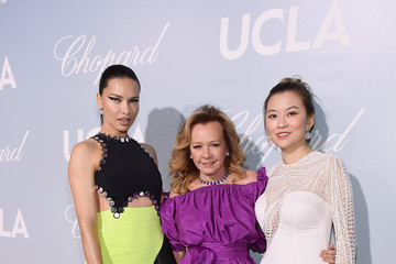 Adriana Lima UCLA IoES Honors Barbra Streisand And Gisele Bundchen At The 2019 Hollywood For Science Gala