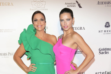 Adriana Lima BrazilFoundation Celebrates Its Third Annual Miami Gala At Perez Art Museum Miami - Arrivals