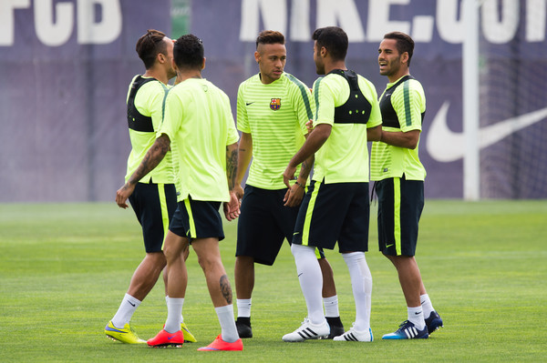 Barcelona Training and Press Confernece