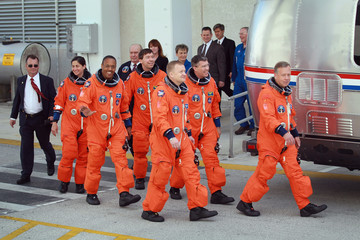 Michael Barratt After Delays Space Shuttle Discovery Launches From Cape Canaveral