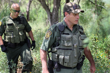 Robert Sanchez Agents Patrol Texas Border To Stop Illegal Immigrants From Entering U.S.