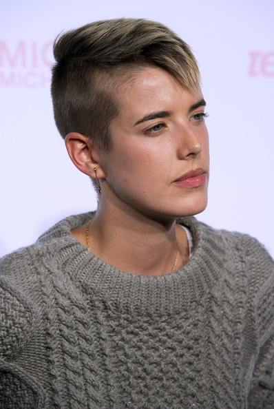 Agyness Deyn Model Agyness Deyn arrives at The 8th Annual Teen Vogue Young ...