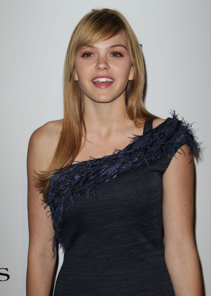 Aimee Teegarden PHotos