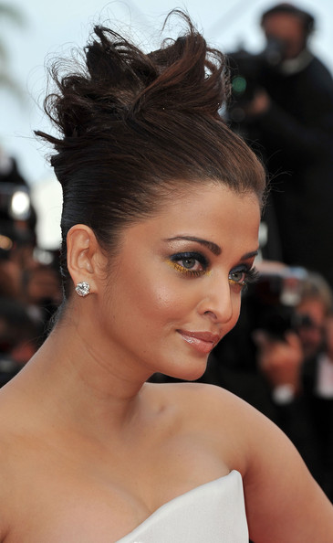 Aishwarya Rai Bollywood actress Aishwarya Rai Bachchan arrives at the 'Sleeping Beauty' premiere during the 64th Annual Cannes Film Festival at the Palais des Festivals on May 12, 2011 in Cannes, France.