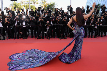 Aishwarya Rai 'Girls Of The Sun (Les Filles Du Soleil)' Red Carpet Arrivals - The 71st Annual Cannes Film Festival