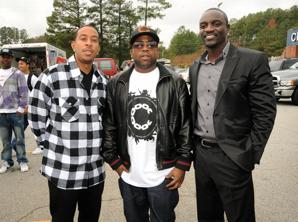 Akon Recording Artists, Ludacris, Big Boi and Akon at South Cobb High School to give turkeys to families in need on November 24, 2009 in Austell, Georgia.