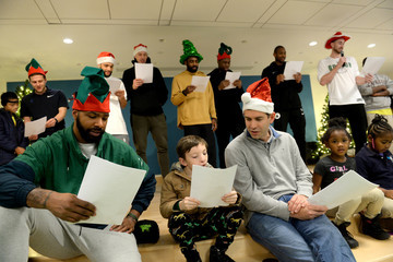 Al Horford Marcus Morris Boston Celtics Spread Holiday Cheer By Caroling And Crafting With Patients At Boston Children's Hospital