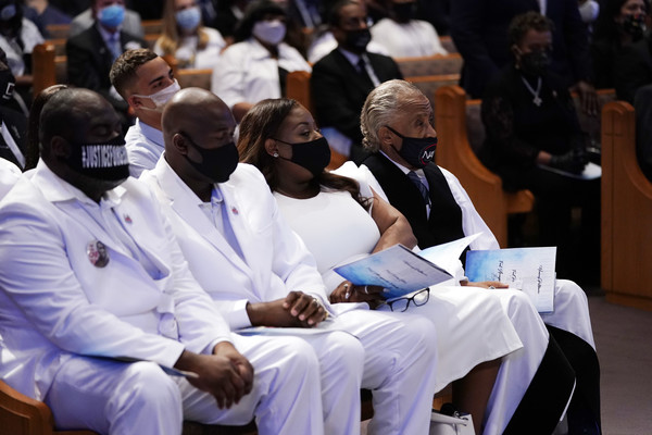 Private Funeral For George Floyd Takes Place In Houston [event,job,white coat,championship,competition event,uniform,philonise floyd,rodney floyd,rev. al sharpton,george perry floyd jr,family members,funeral service,houston,chapel,funeral for george floyd takes place,2nd l,george perry floyd jr.,funeral,houston,death,coffin,rev. al sharpton,burial]
