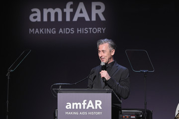 Alan Cumming 19th Annual amfAR New York Gala - Show