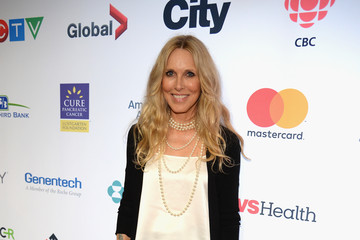 Alana Stewart Hollywood Unites for the 5th Biennial Stand Up to Cancer Event (SU2C), a Program of the Entertainment Industry Foundation (EIF) - Red Carpet