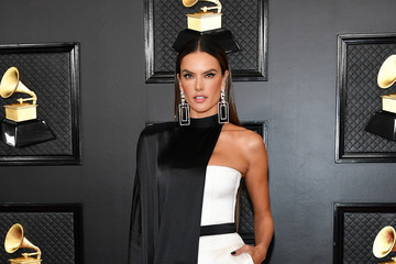 Alessandra Ambrosio 62nd Annual GRAMMY Awards - Arrivals