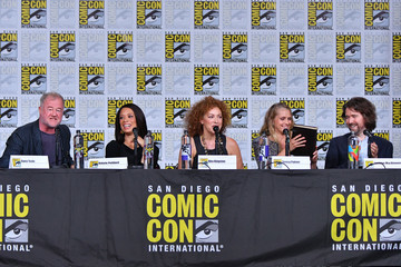 Alex Kingston Comic-Con International 2018 - SYFY WIRE Hosts The Great Debate