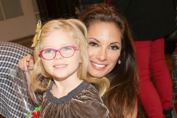 Alex Meneses Brooks Brothers Celebrates the Holidays with St. Jude Children's Research Hospital
